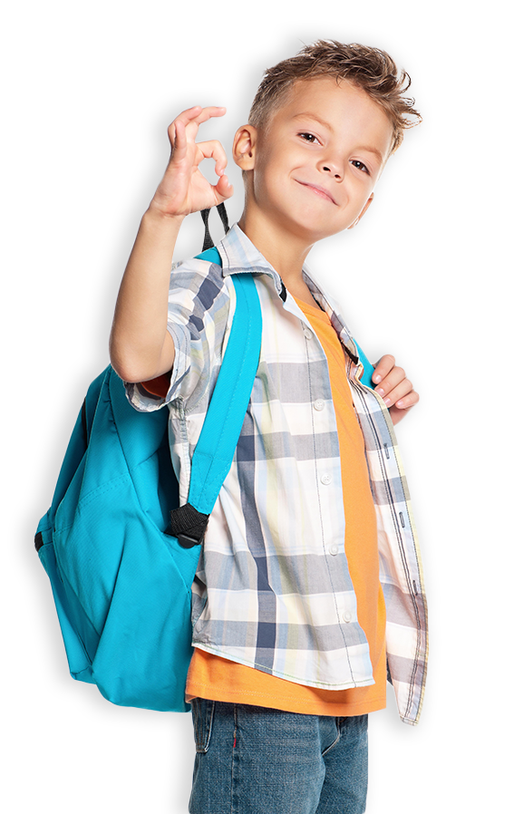 Zadowolony chłopiec z kursu